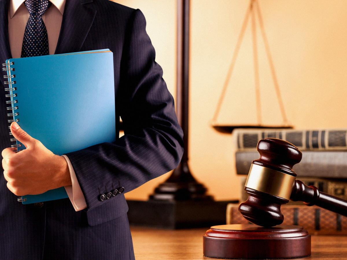 Кто такой адвокат по уголовным делам и когда он необходим?