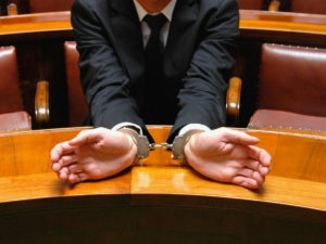 Юрист мошенник