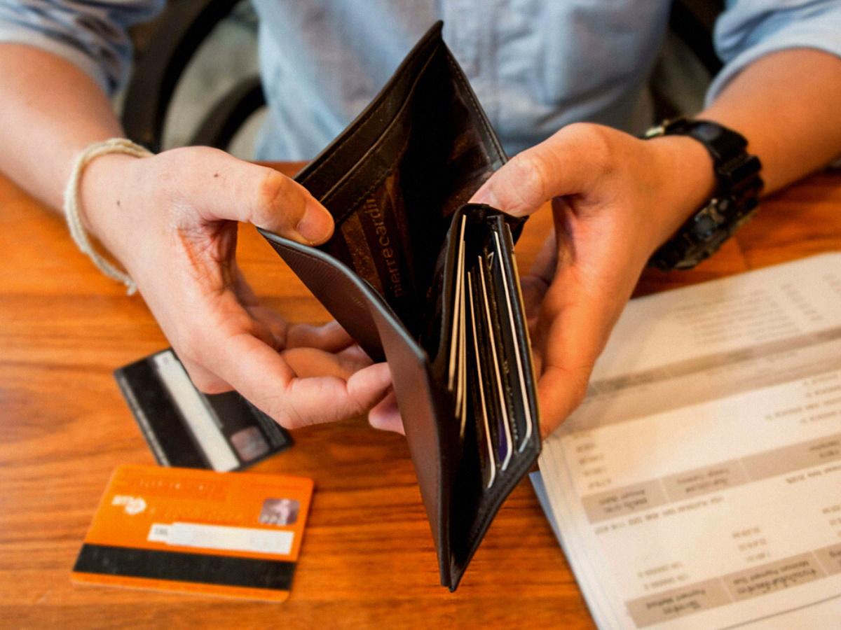 Оплачивать кредит
